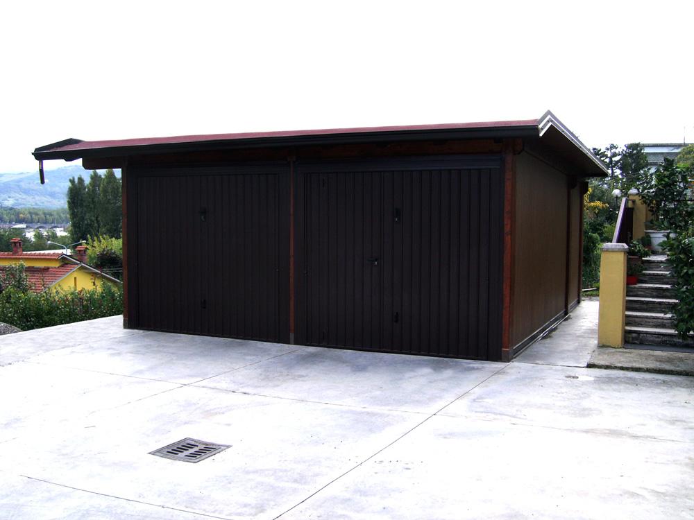 Casette e garage in legno for Disegni di garage di mattoni