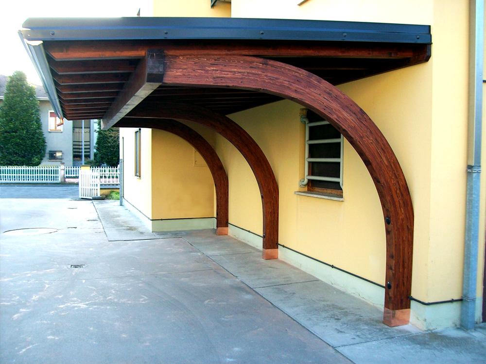 Portico a Sbalzo - tettoia in legno