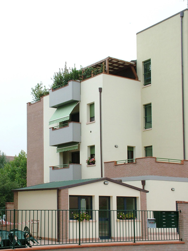 Coperture terrazzi: realizzazione e produzione di copri balcone e ...